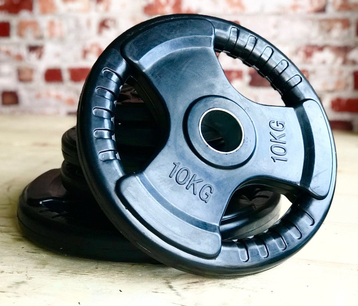 Tri Grip Black Rubber Coated Cast Iron Olympic Weight